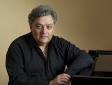 ALEXANDER PESCANOV fortepian