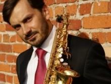 PAWEŁ GUSNAR saksofon